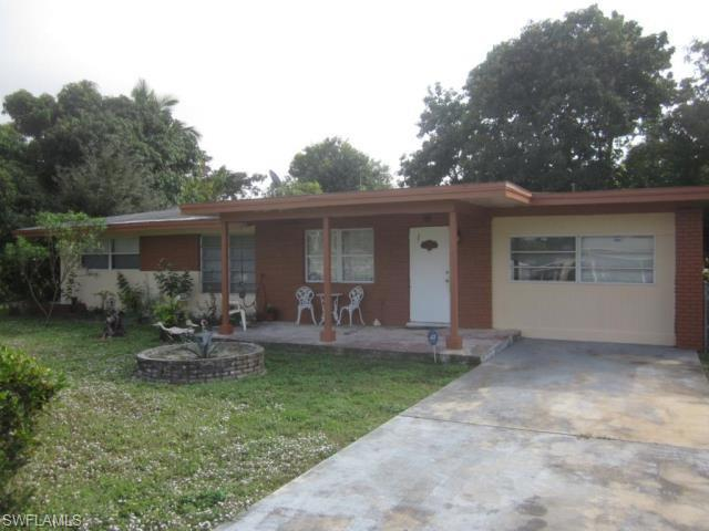 2128 Pineview Rd, Fort Myers FL 33901
