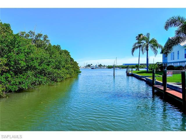 275 Tropical Shore Way, Fort Myers Beach, FL