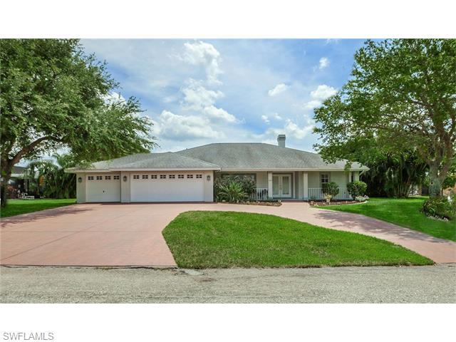 3353 SE 17th Pl, Cape Coral FL 33904