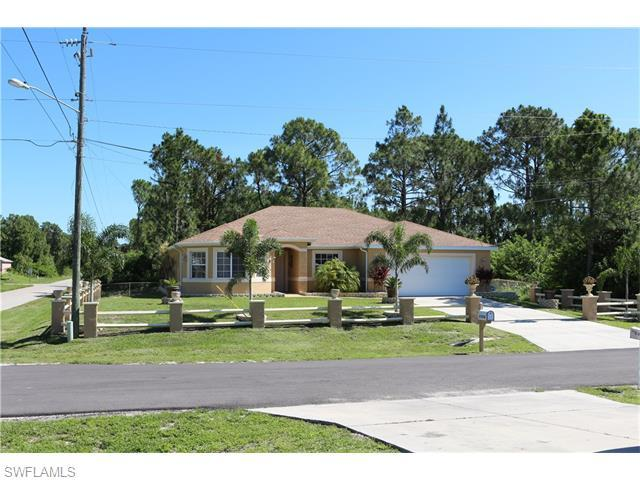 3704 4th St, Lehigh Acres, FL