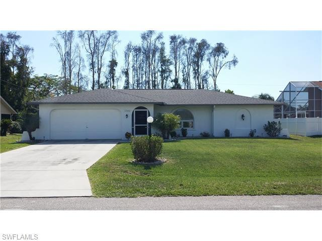 17453 Meadow Lake Cir, Fort Myers, FL