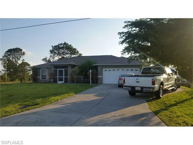 529 Durion Dr, Lehigh Acres, FL