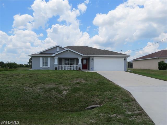345 Peerless St, Lehigh Acres, FL