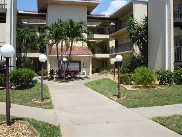 11220 Caravel Cir 108 #APT 108, Fort Myers, FL
