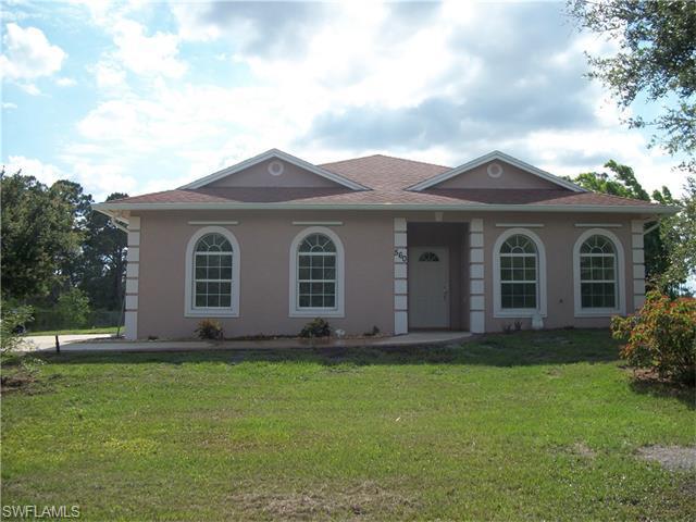 560 N Live Oak St, Clewiston FL 33440