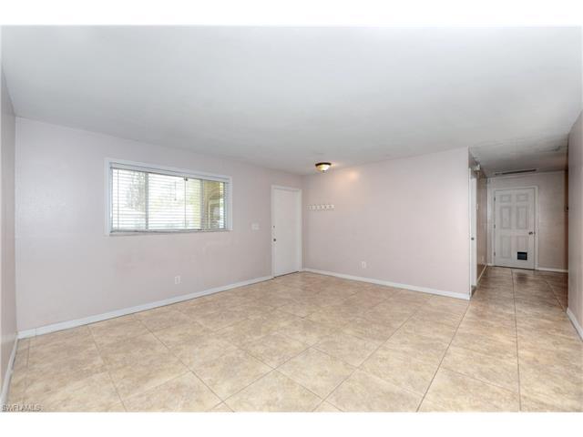 324 SE 17th Place, Cape Coral, FL 33990