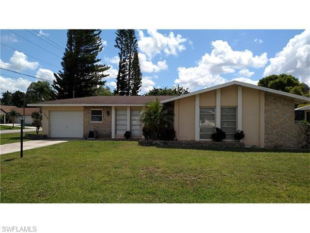 3419 SE 4th Pl, Cape Coral, FL 33904