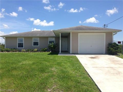 2809 66th St W, Lehigh Acres, FL 33971