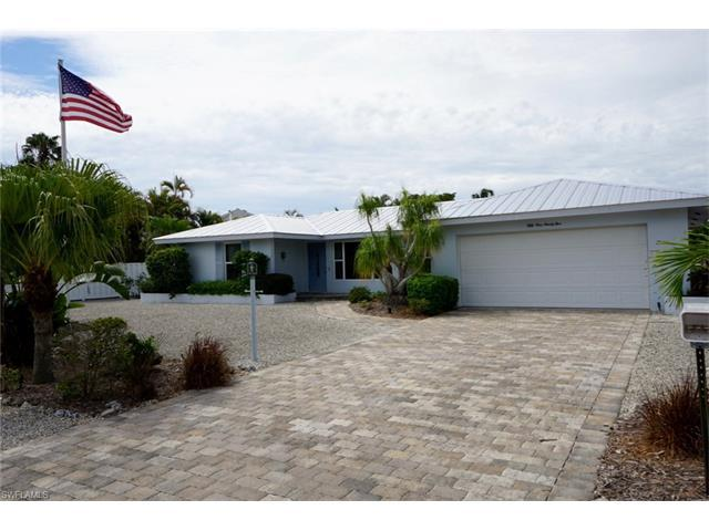 5195 Williams Dr, Fort Myers Beach, FL 33931