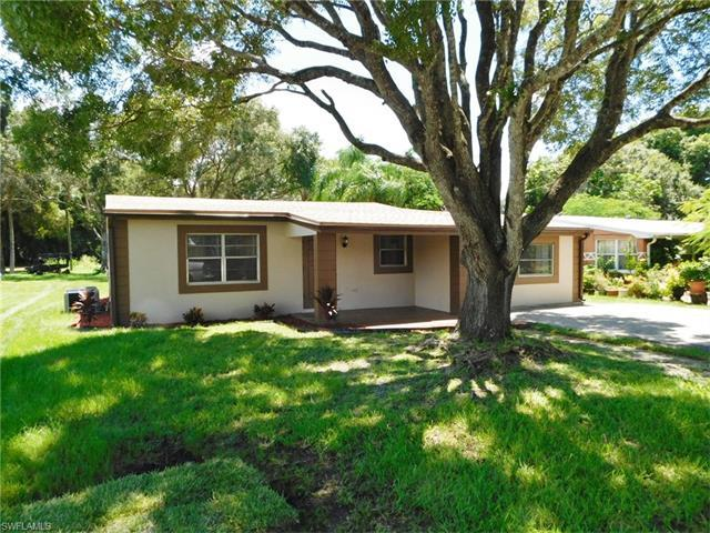 4424 Seminole St, Fort Myers, FL 33905