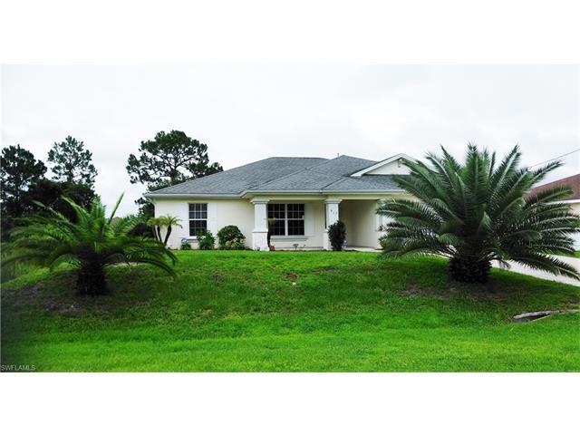 917 Norfolk Ave S, Lehigh Acres, FL 33974