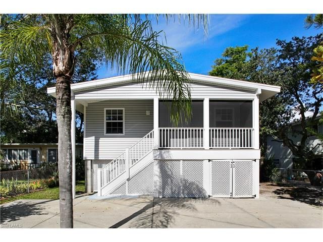 211 Mango St, Fort Myers Beach, FL 33931