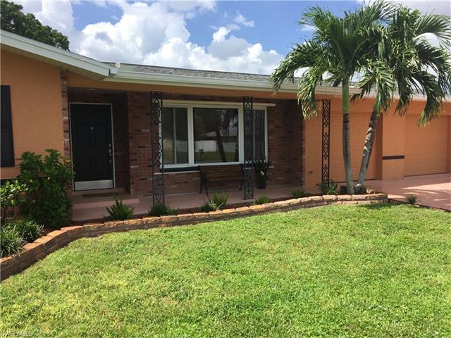 4002 SE 10th Avenue, Cape Coral, FL 33904