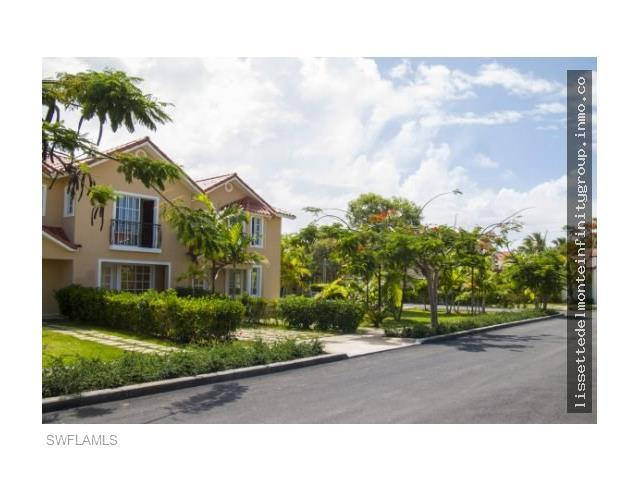 Proyect 93372 Ave Barcelo, Out Of Area, FL 23000