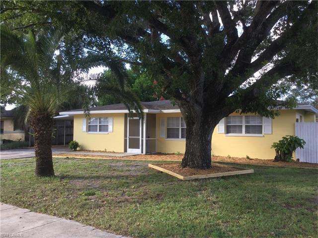 966 Narcissus St, North Fort Myers, FL 33903