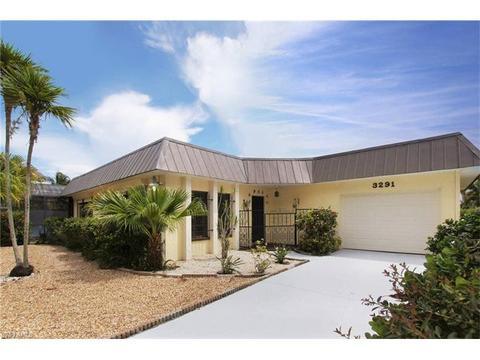3291 Shell Mound Blvd, Fort Myers Beach, FL 33931