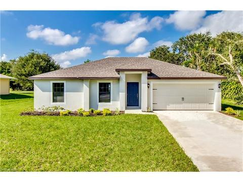 438 Shadow Lakes Dr, Lehigh Acres, FL 33974