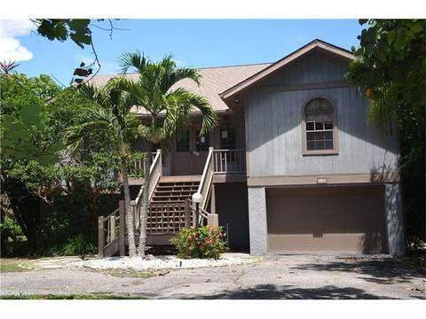1102 Harbour Cottage Ct, Sanibel, FL 33957