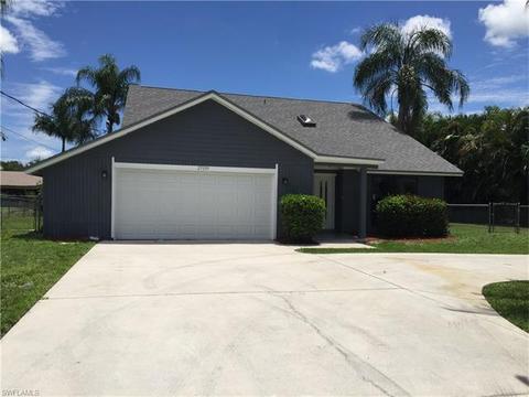27099 Holly LnBonita Springs, FL 34135