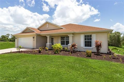 4108 NW 35th St, Cape Coral, FL (26 Photos) MLS# 218053145 - Movoto
