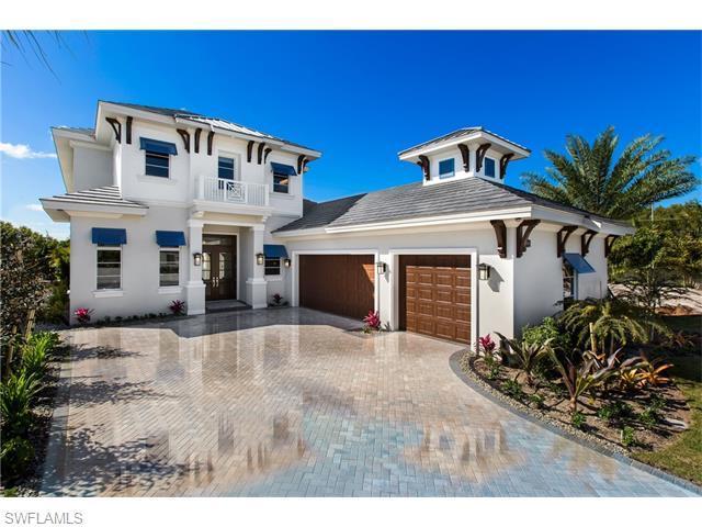 6826 Mangrove Ave, Naples, FL 34109