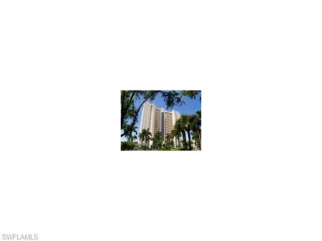 6101 Pelican Bay Blvd #102, Naples, FL 34108