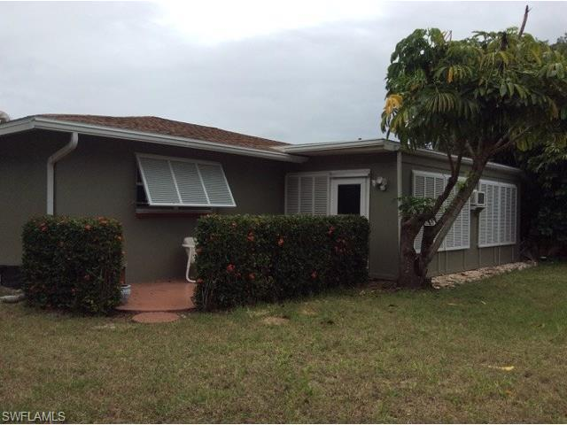 7880 Buccaneer Dr, Fort Myers Beach, FL