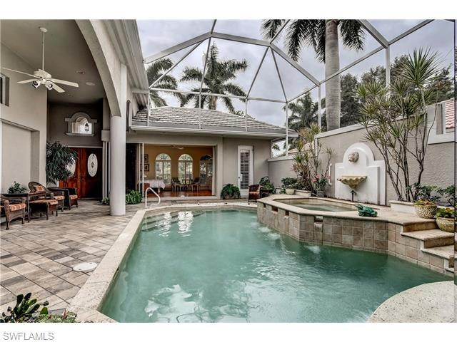 1534 Vintage Lane, Naples, FL 34104