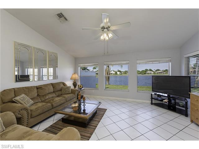 644 Lambton Ln, Naples, FL 34104