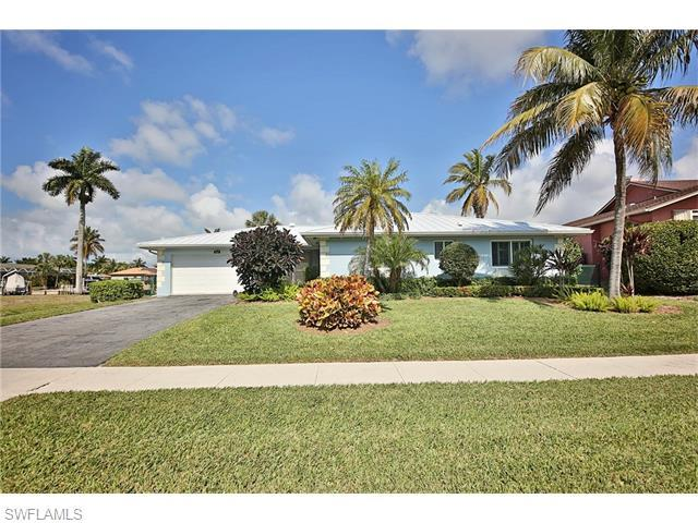 816 Manor Ter, Marco Island, FL 34145