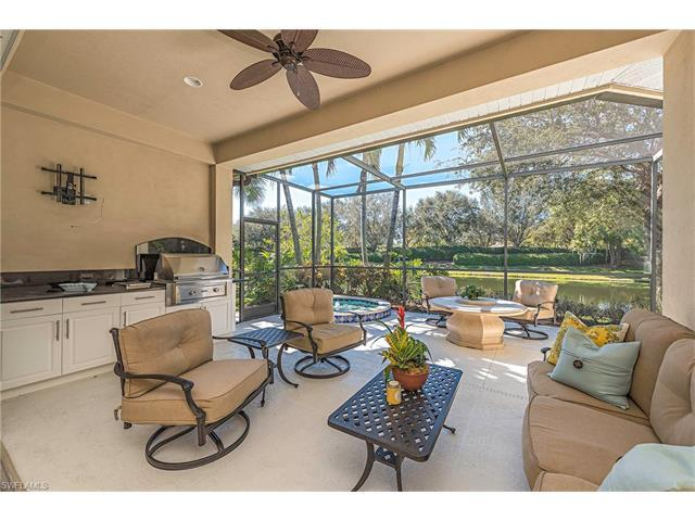 9277 Troon Lakes Dr, Naples, FL 34109