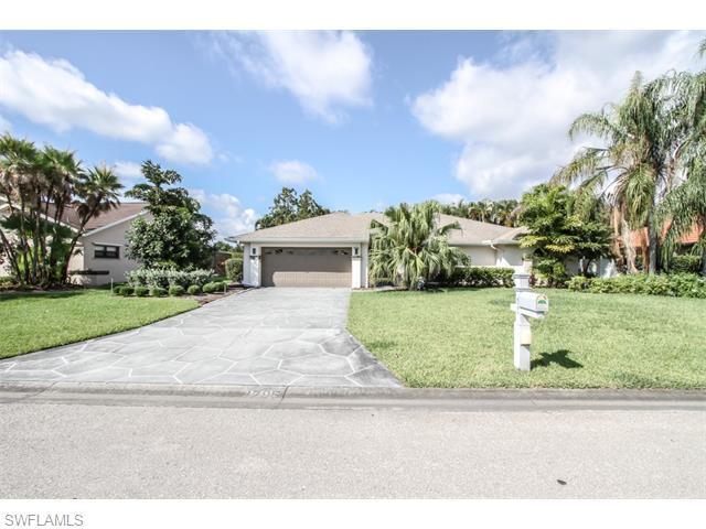 8795 Banyan Cove Cir, Fort Myers, FL