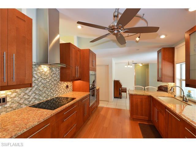 5096 Boxwood Way, Naples, FL 34116