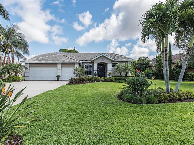 131 Palmetto Dunes Cir, Naples, FL 34113