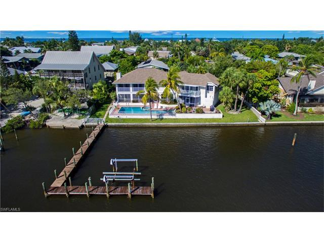 134 Andre Mar Dr, Fort Myers Beach, FL 33931