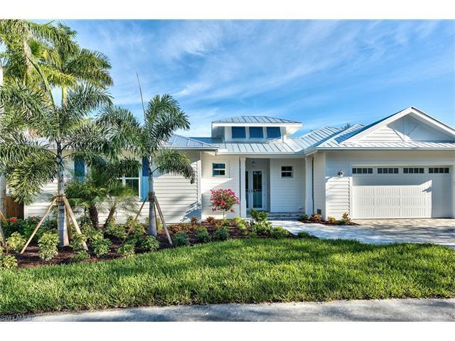 2120 Curtis St, Naples, FL 34112