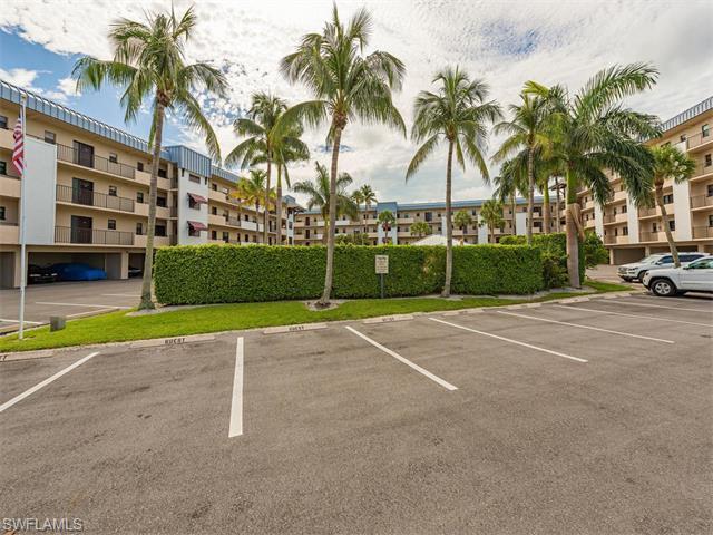 805 River Point Dr #C-306, Naples, FL 34102