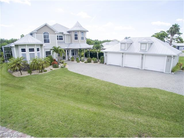 6000 Eagle Watch Ct, North Fort Myers, FL 33917