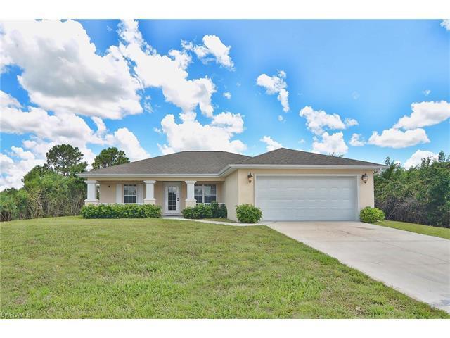 3207 59th St W, Lehigh Acres, FL 33971