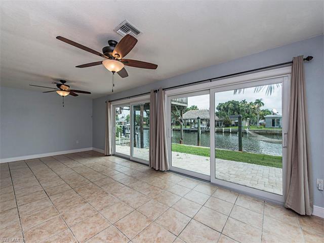 167 Trinidad Street, Naples, FL 34113