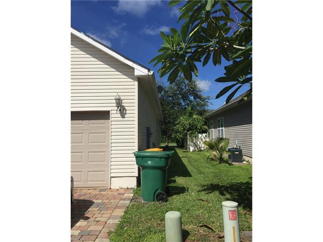 183 Leawood Circle, Naples, FL 34104