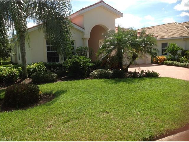 9325 La Bianco St, Fort Myers, FL 33967