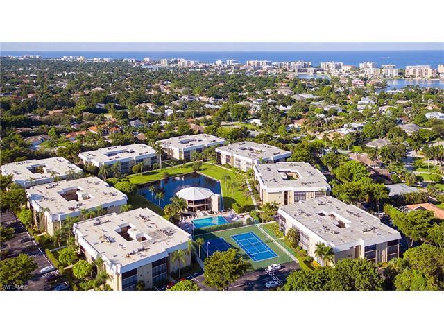 788 Park Shore Dr E36 #E36, Naples, FL 34103