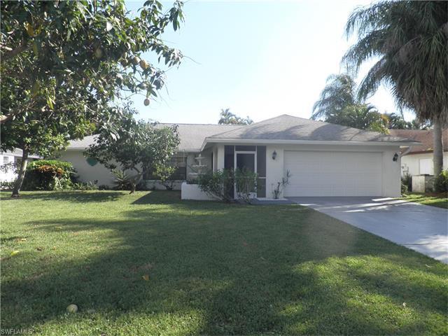 4588 Chippendale Dr, Naples, FL 34112