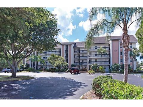 1520 Imperial Golf Course Blvd #222, Naples, FL 34110