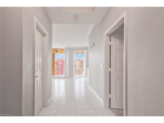 451 Bayfront Place 5503 #5503, Naples, FL 34102