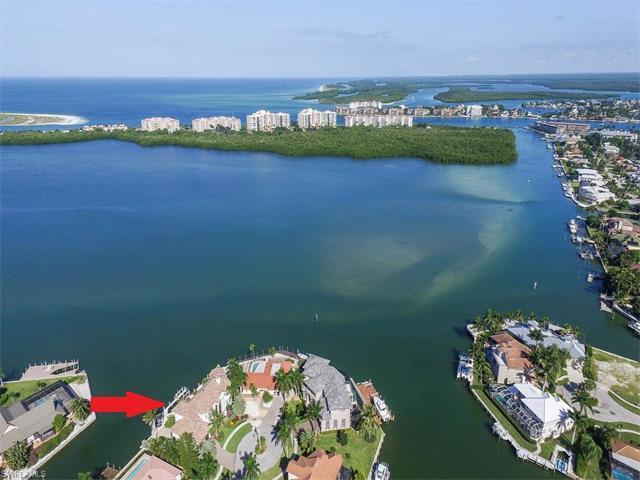 980 Hyacinth Ct, Marco Island, FL 34145