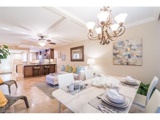 414 Broad Avenue S H-414 #H-414, Naples, FL 34102