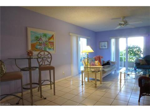 248 Palm Dr #7, Naples, FL 34112