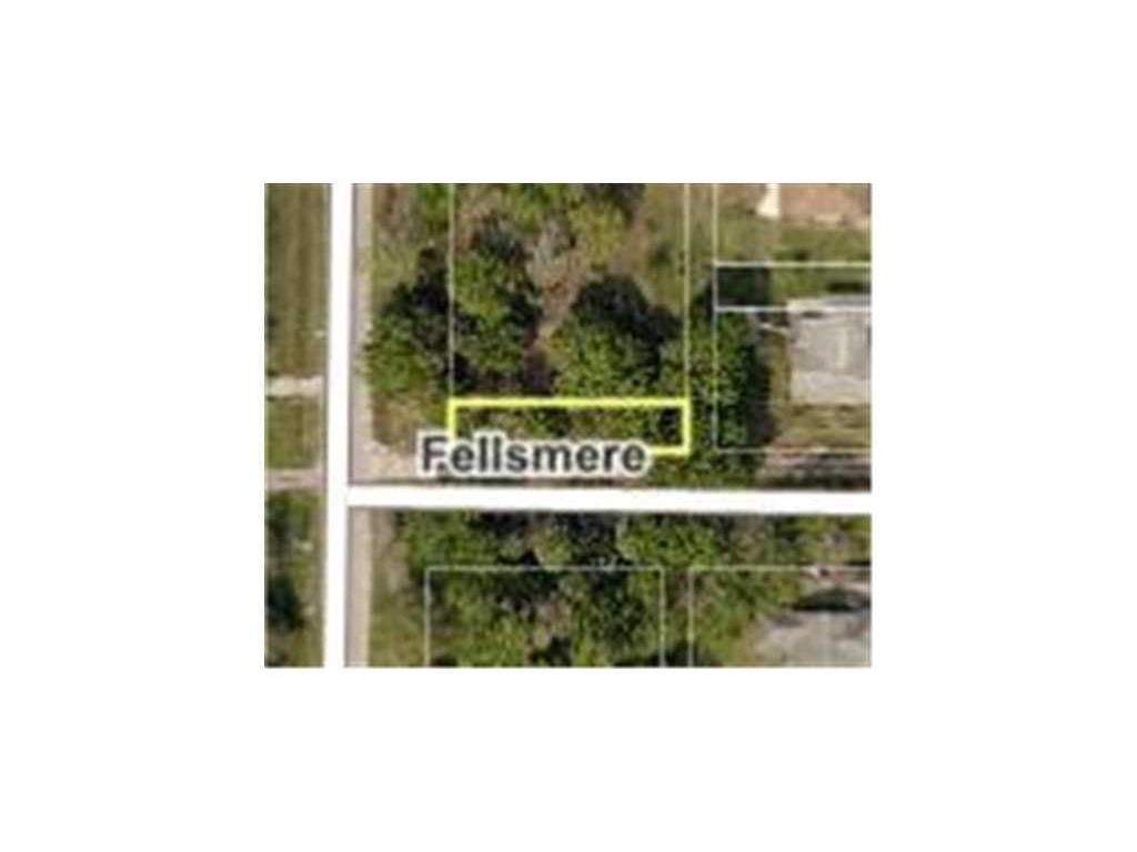 53 Broadway Street, Fellsmere, FL 32948